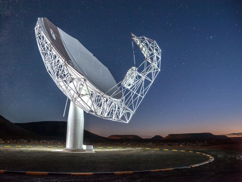 The first installed antenna of the MeerKAT telescope. The final telescope will have 64.